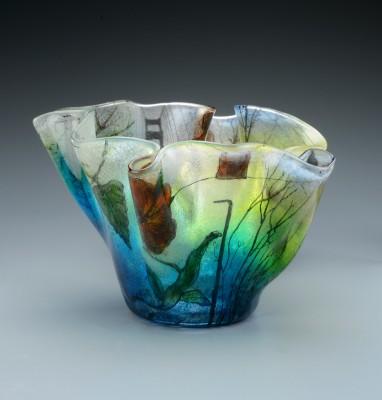 Vase on gradiant grey 9
